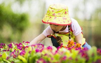 5 Reasons Why Gardening is Good for Kids